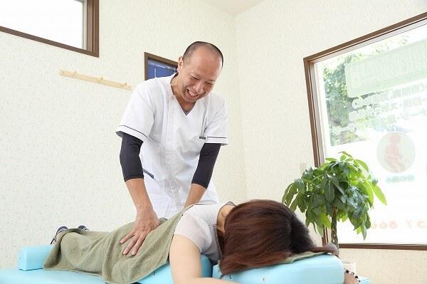 整形外科での経験と、整骨院ならではの手技による治療が自慢です!