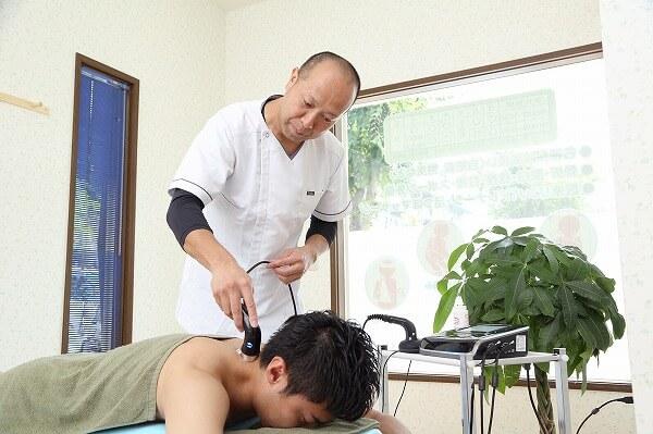 頚椎捻挫型(首・肩・背中の痛みなど)